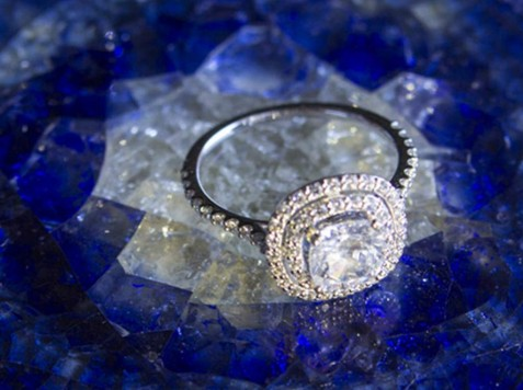 Nicole_Cruz_Engagement_Rings_Banner_gallery_06