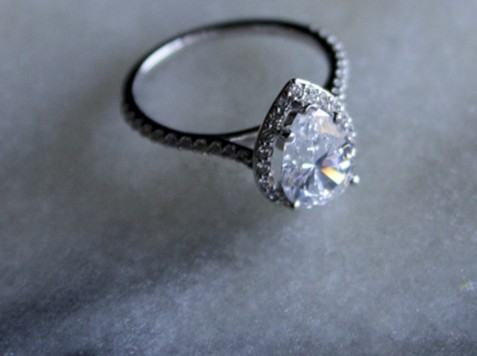 Nicole_Cruz_Engagement_Rings_Banner_gallery_08
